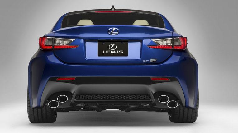 Lexus-TF-C-vs-BMW-M4-3.jpg