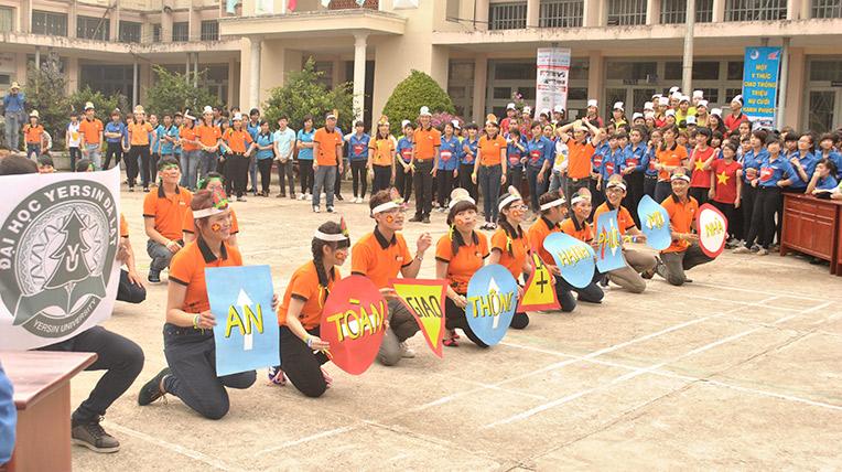 Honda Việt Nam đào tạo lái xe an toàn đoàn viên, sinh viên