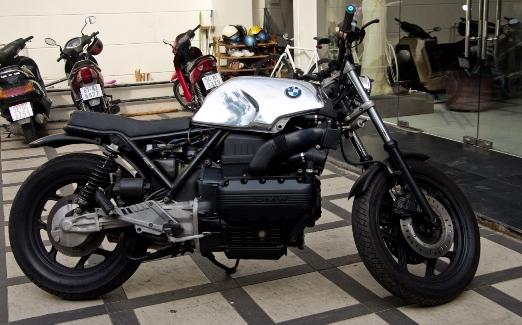 BMW K100-tracker.JPG
