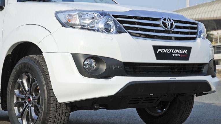 Toyota-Fortuner-TRD-(20).jpg
