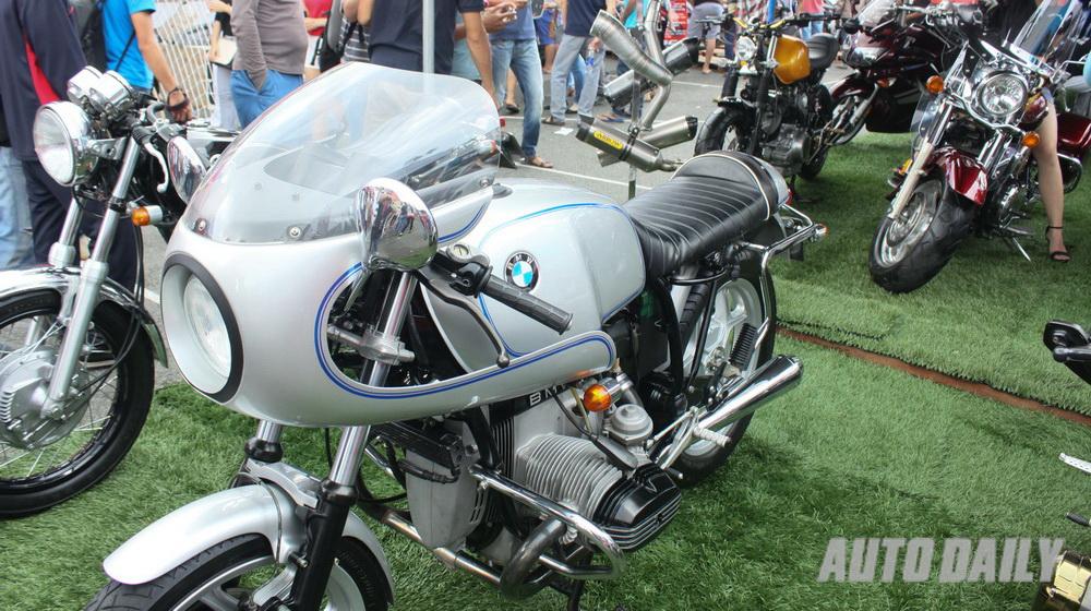 BMW Cafe Racer (4).jpg