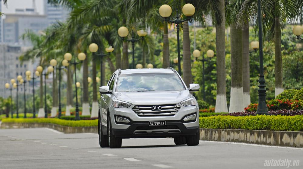 Hyundai-Santafe-2014 (6).jpg