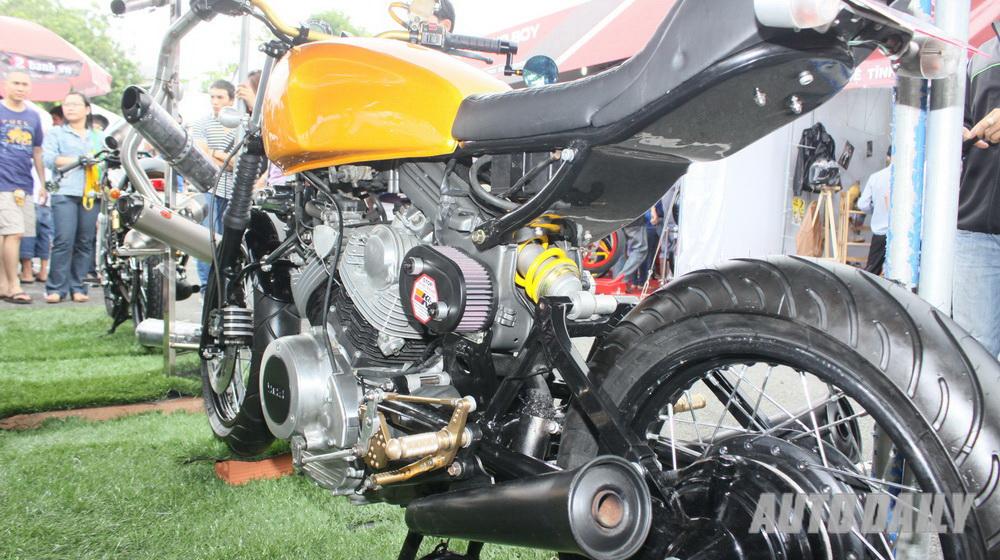 Yamaha-tracker (1).jpg