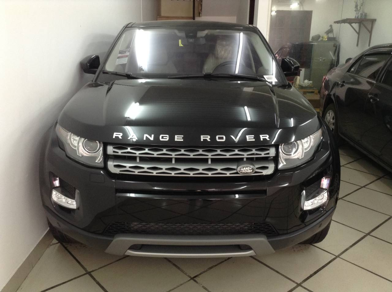 b n range rover evoque 2014 2015 nhi u m u. Black Bedroom Furniture Sets. Home Design Ideas