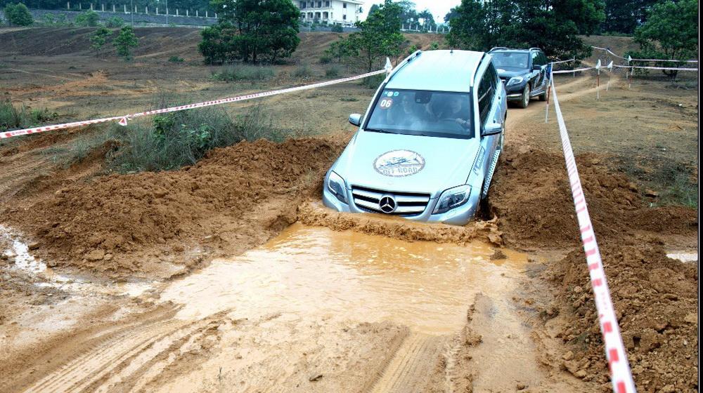 Trải nghiệm 17 mẫu xe Mercedes-Benz tại Đà Nẵng - 2
