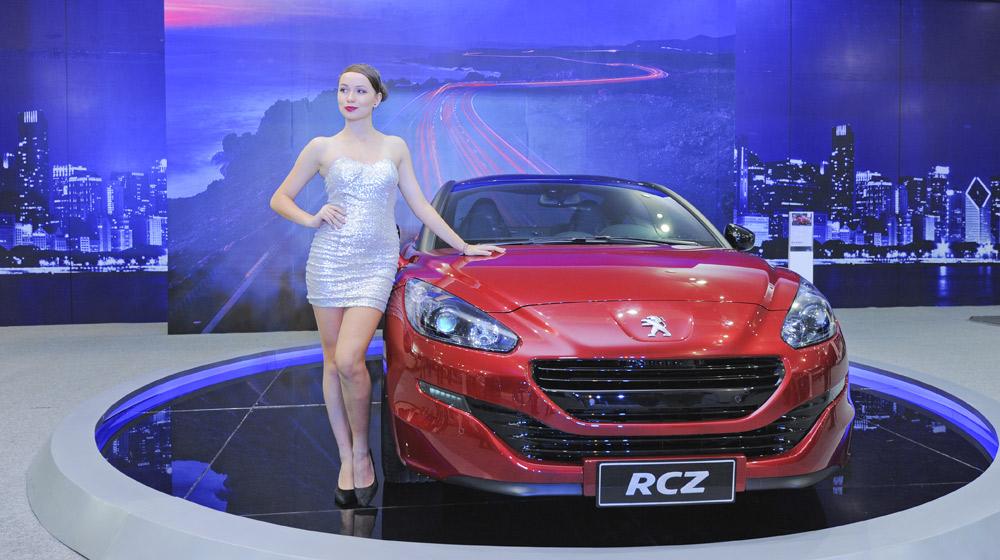 """Peugeot RCZ – Ngắm """"hoa hậu"""" Pháp tại Hà Nội - 1"""