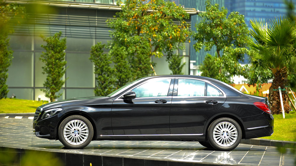 Mercedes-benz-C250-Exclusive-(2).jpg