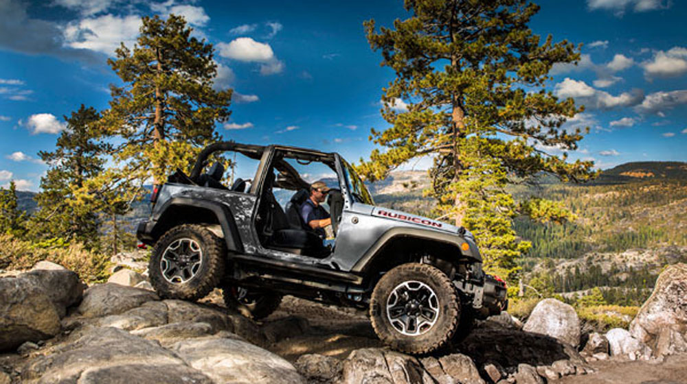 top-off-road-01-0914-lgn.jpg
