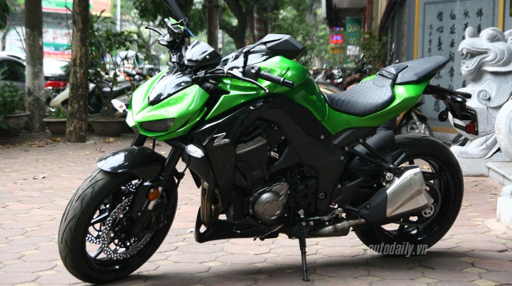 Giá trên 500 triệu đồng, Kawasaki Z1000 2015 tại Việt Nam