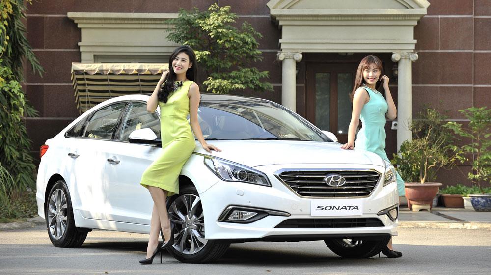 Hyundai-Sonata-2015---Model-(1).jpg