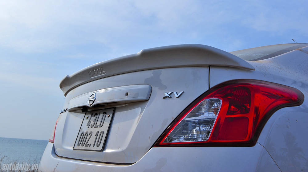 Nissan Sunny 2 (46).jpg