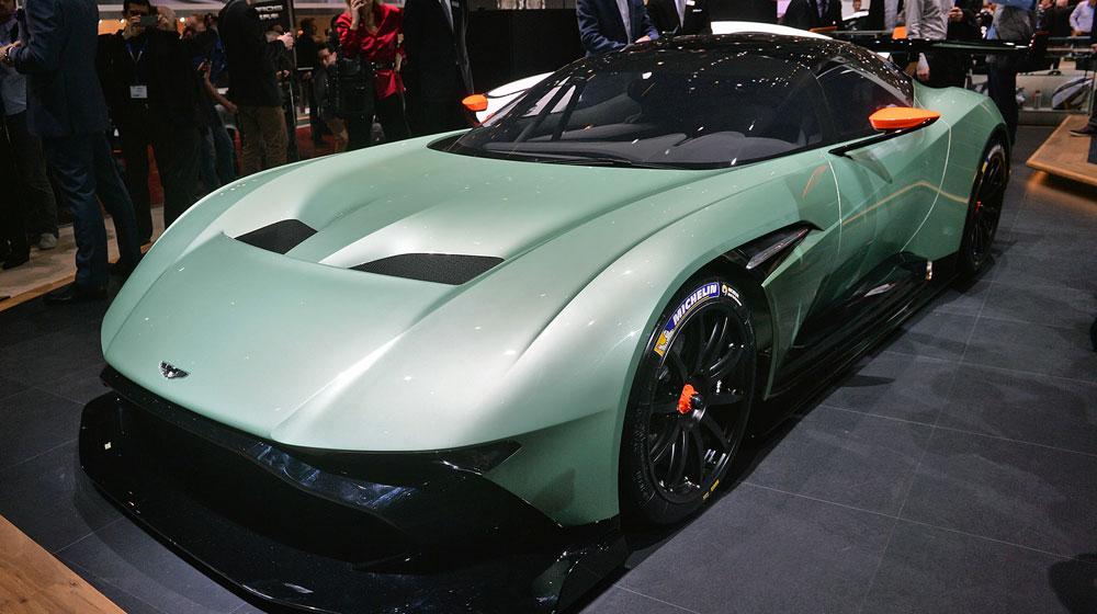 03 aston martin vulcan geneva 1 Chiêm ngưỡng những chi tiết độc và lạ trên Aston Martin Vulcan
