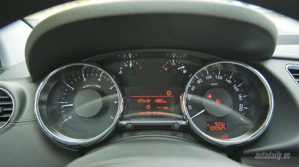 Peugeot-3008-(35).jpg