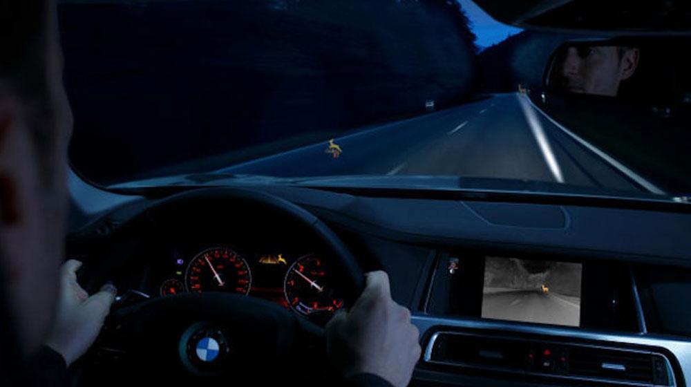 Người tiêu dùng thích công nghệ phát hiện điểm mù trên xe nhất