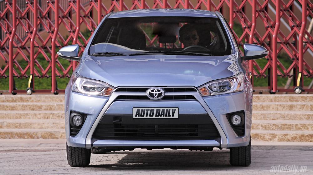 Toyota-Yaris-2014 (9).jpg