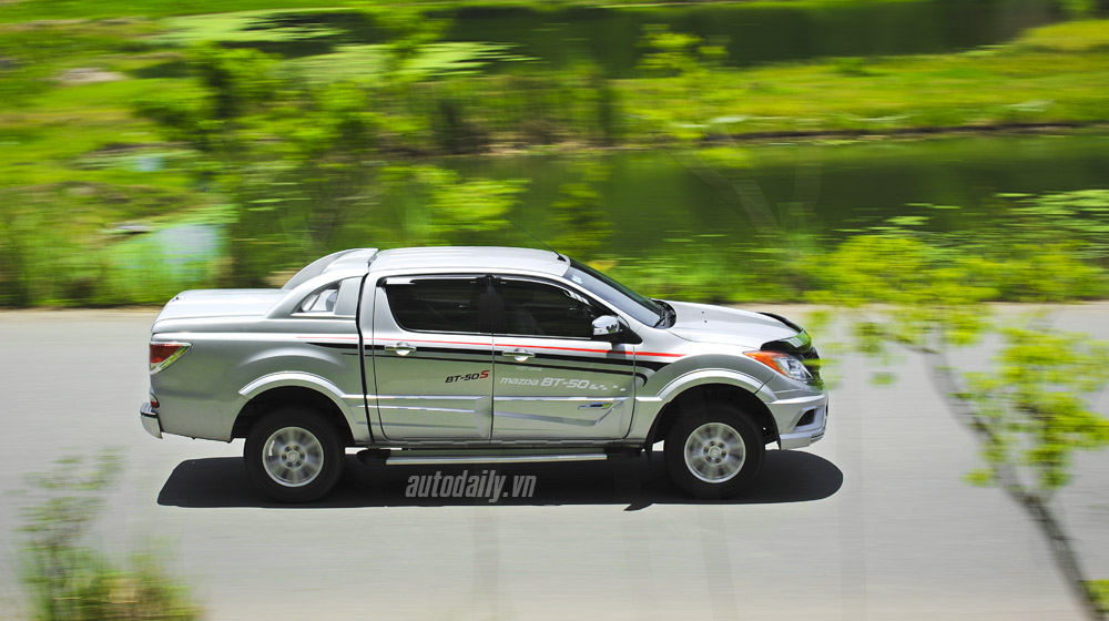 Mazda-BT50-2015-(44).jpg