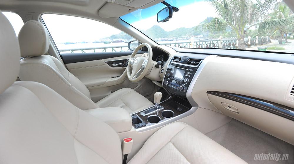 Nissan Teana 2014 (60).jpg