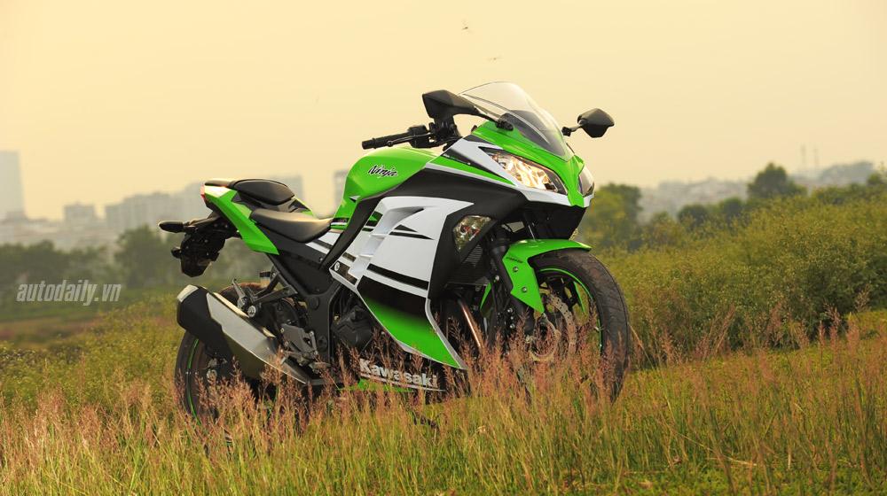 Kawasaki Ninja300 (22).jpg