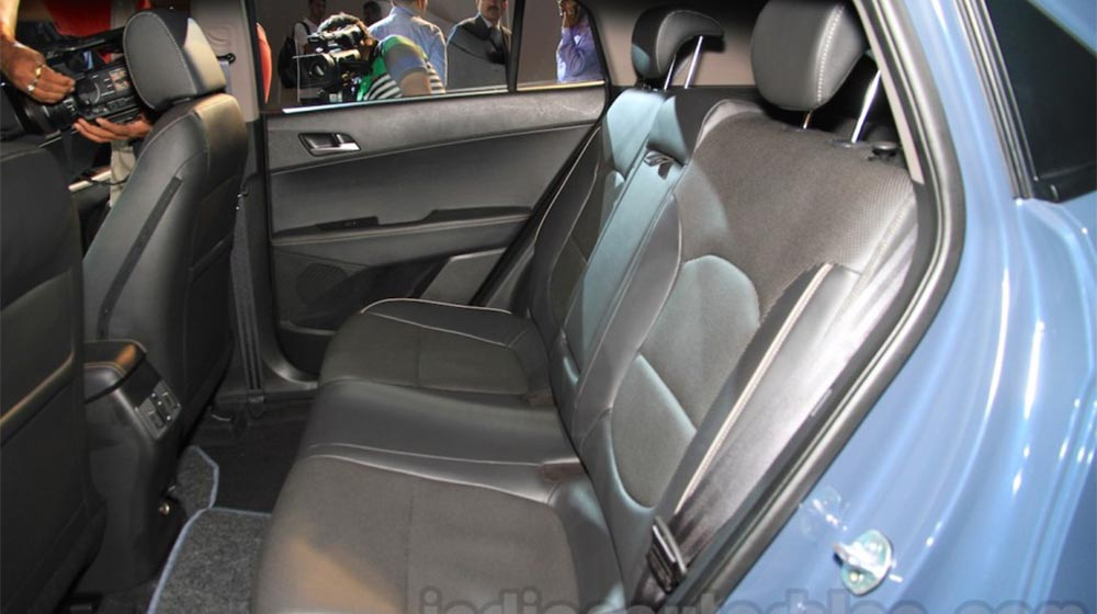 Hyundai-Creta-leather-seats-900x600 copy.jpg