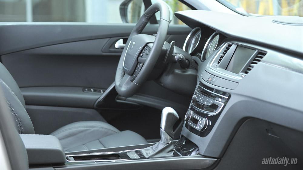 4.-Peugeot-508-noi-that-(2).jpg