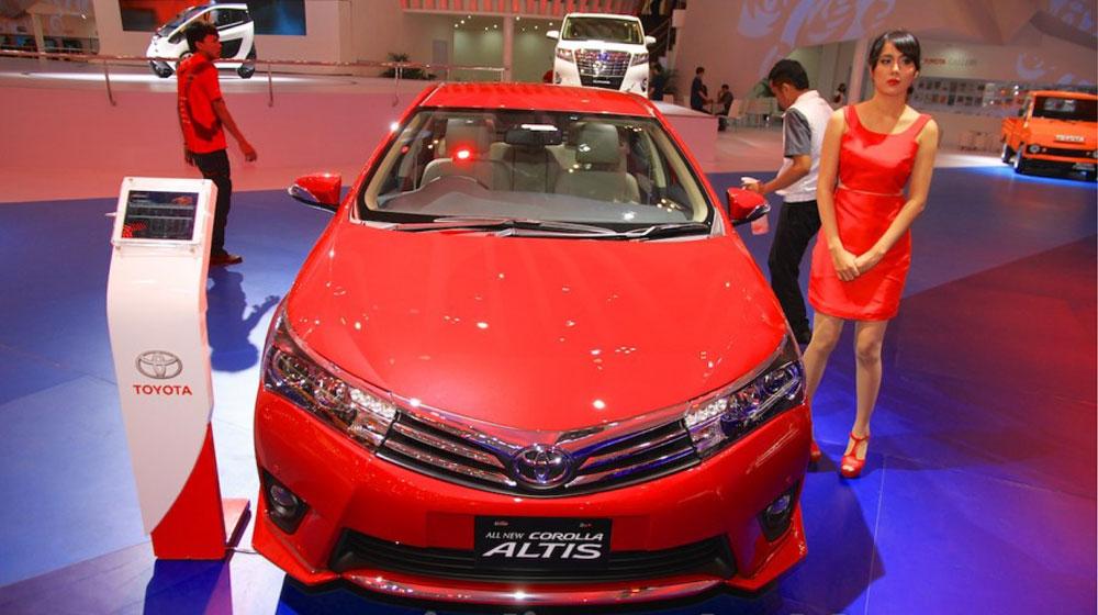 Toyota Corolla Altis TRD Sportivo 2015 (1).jpg
