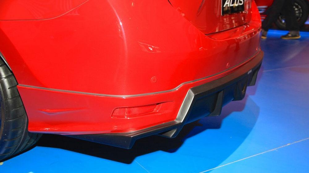 Toyota Corolla Altis TRD Sportivo 2015 (5).jpg