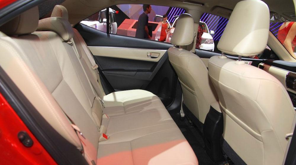 Toyota Corolla Altis TRD Sportivo 2015 (8).jpg