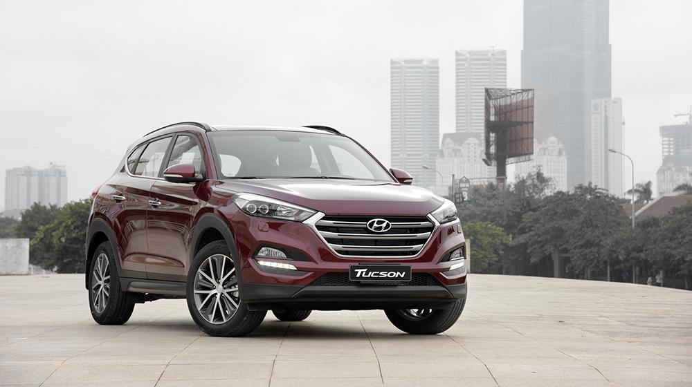 Hyundai_Tucson_Mazda CX_5_Honda_CR_V (66).jpg