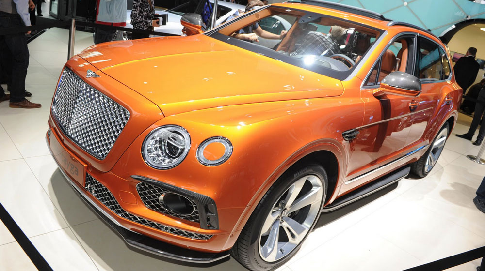 """SUV Bentley Bentayga """"cháy hàng"""" dù chưa sản xuất"""
