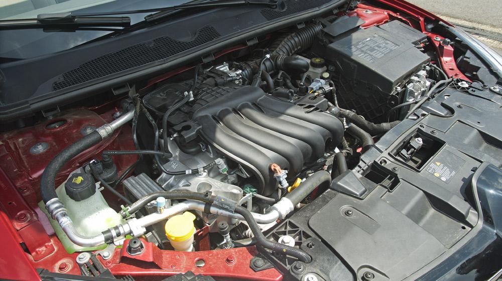 Renault Megane Hatchback_24.jpg