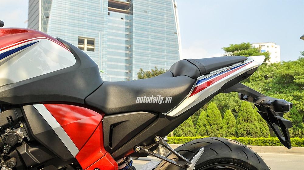 Honda CB1000R 2015 (13).jpg