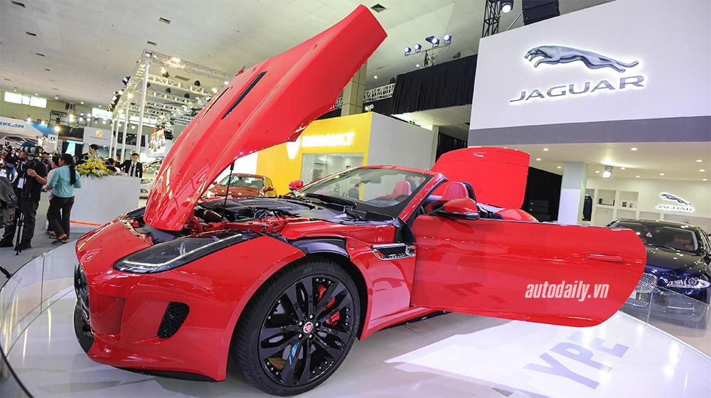 "Cận cảnh ""siêu báo"" Jaguar F-Type R Convertible tại VIMS 2015"