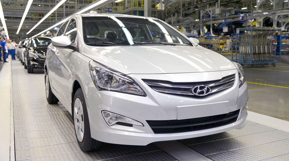 1-millionth-Hyundai-Solaris-Russia-1.jpg