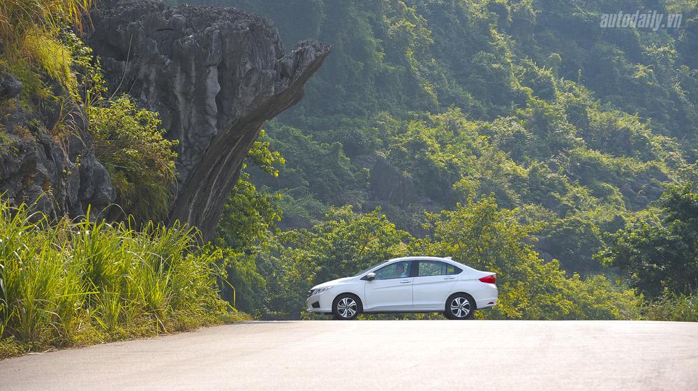 Hyundai Starex 9 cho phien ban cao cap may dau