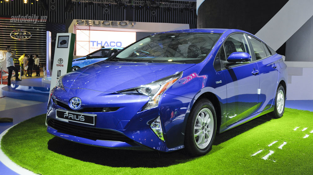 Toyota Prius 2016 siêu tiết kiệm nhiên liệu đến Việt Nam
