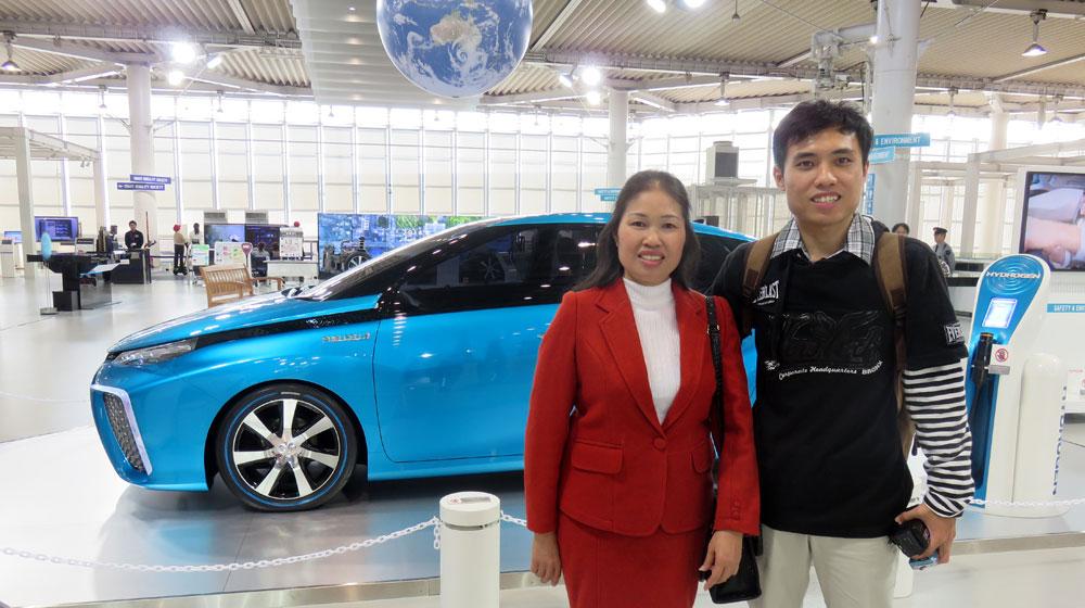 Toyota-Seat-Selfie-Challenge-1.jpg