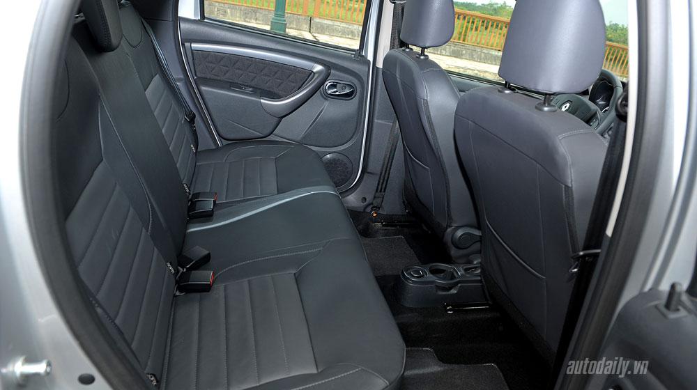 renault-duster-interior-(12).jpg