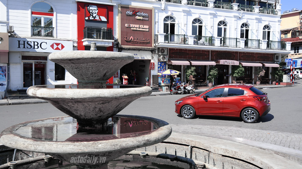Mazda2 (22).jpg