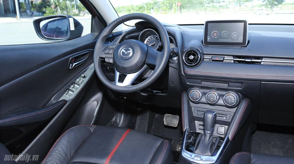 Mazda2 (56).jpg
