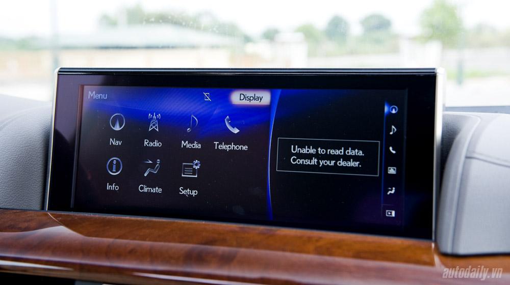 Lexus LX570 (51).jpg