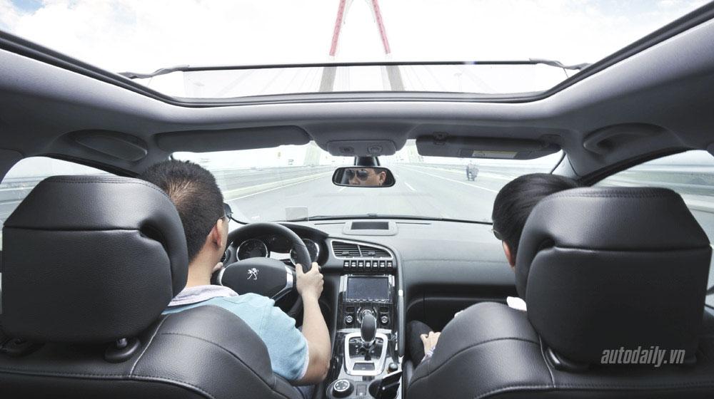 Top 3 sai lầm phổ biến khi lái ôtô số tự động