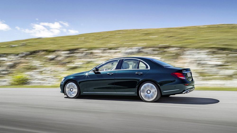 2017-Mercedes-E-Class-4.jpg