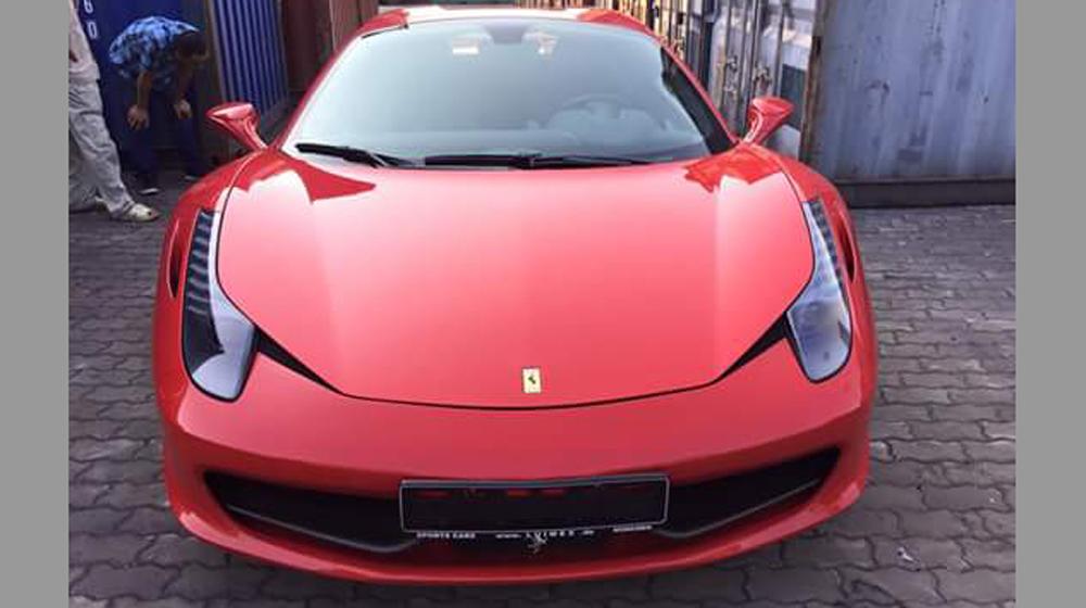 Siêu ngựa Ferrari 458 Spider đầu tiên về Việt Nam