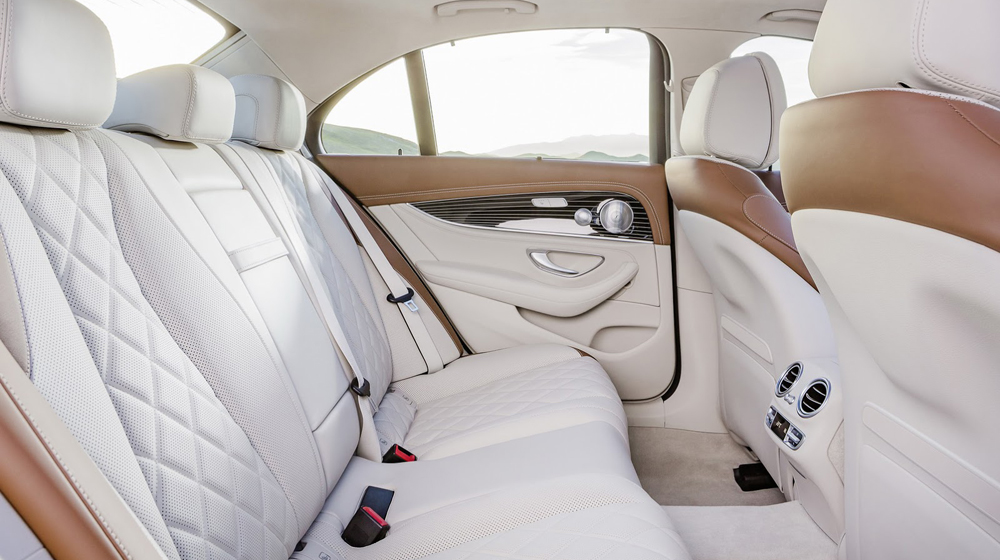 2017-Mercedes-Benz-E-Class-40 copy.JPG