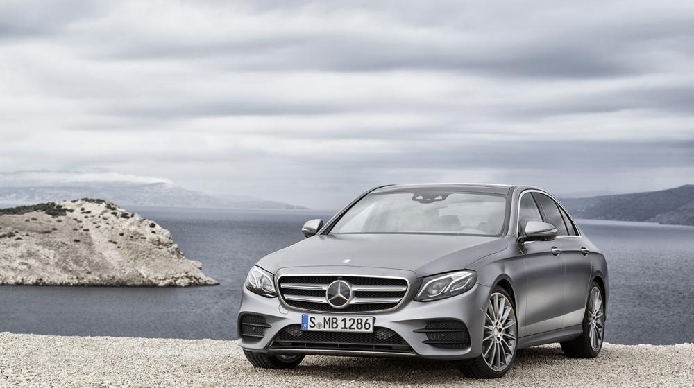 2017-Mercedes-Benz-E-Class-8 copy.JPG