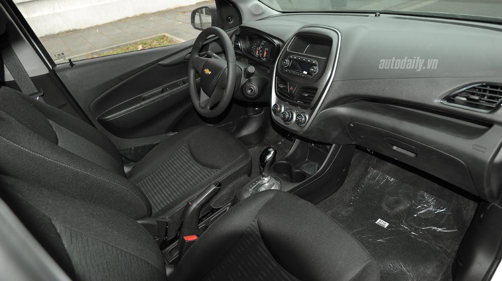 Chevrolet Spark 2016 (23).jpg