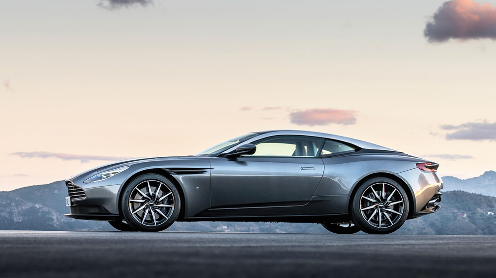 Aston-Martin-DB11_CS3 copy.jpg