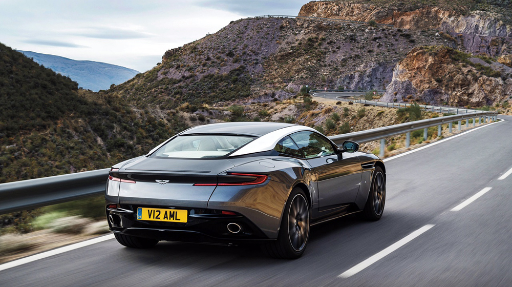 Aston-Martin-DB11_CS5.jpg