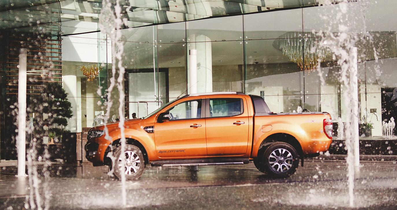 Ford tiếp tục tăng trưởng với tháng 2 kỷ lục