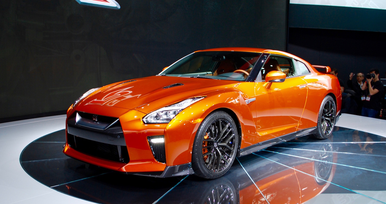17-Nissan-GTR-NYIAS - 4 copy.jpg